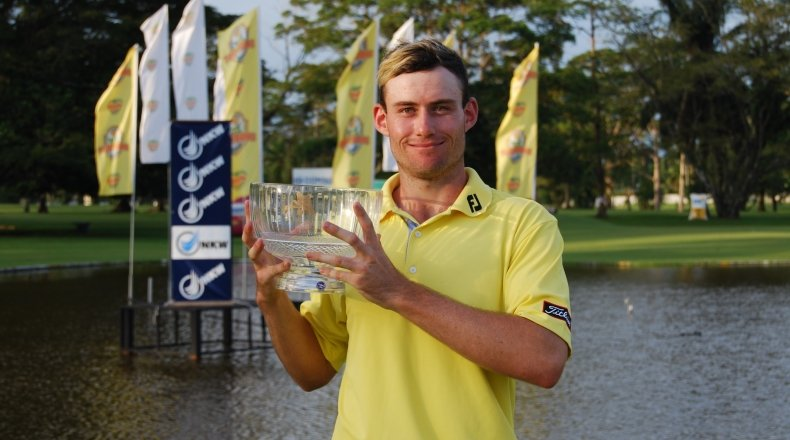 gale storms home to win morobe open